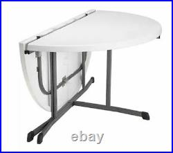 Lifetime 60 Fold-In-Half Round Commercial Grade Table s